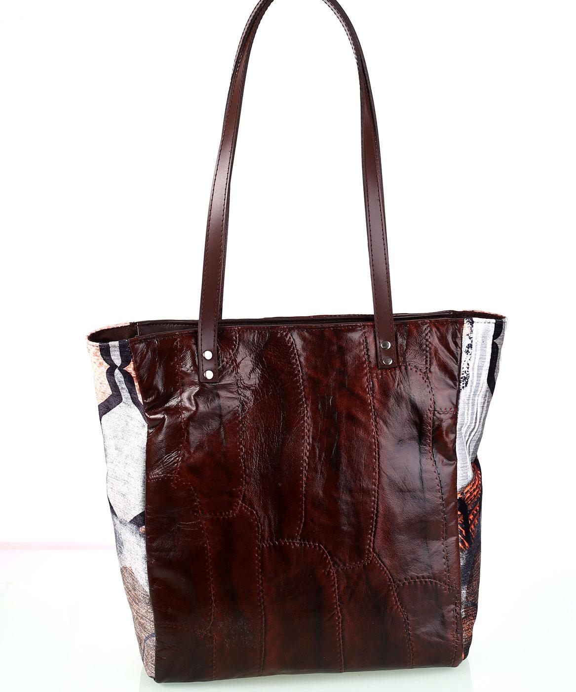 Dámska kabelka z kože a plátna Kbas hnedá 722c64c231b