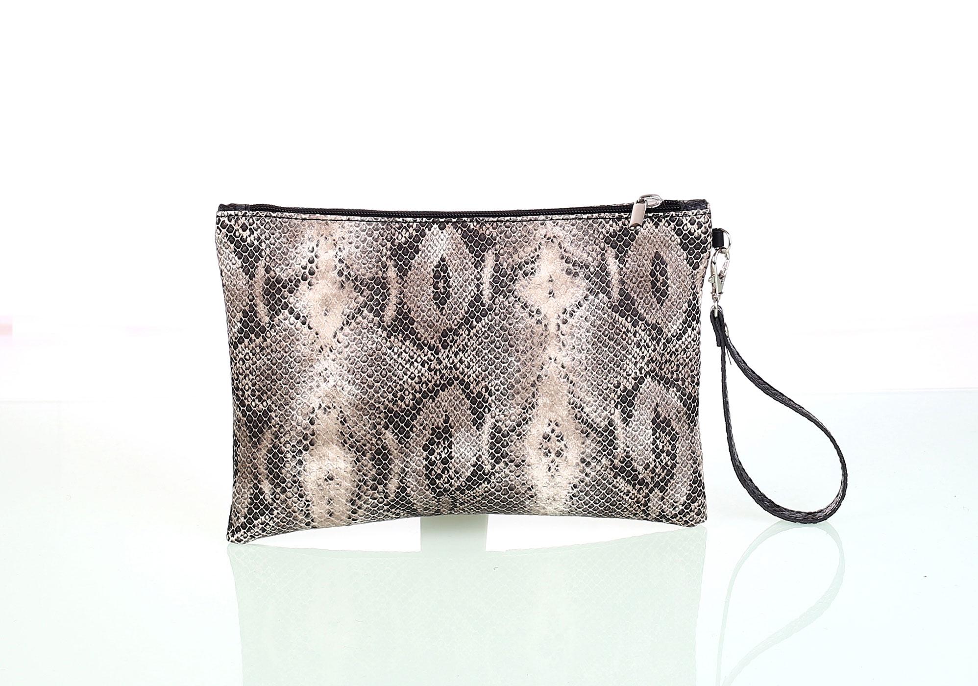 Listová dámska kabelka z eko kože Kbas imitácia hada béžová  e19a0976c22