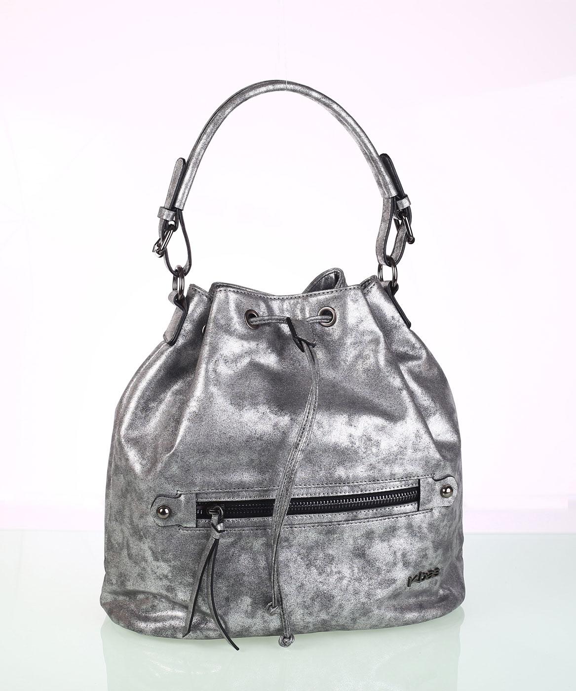 6fca3f6fe4 Elegáns női táska ekobőrből Kbas fémes visszfénnyel ezüst