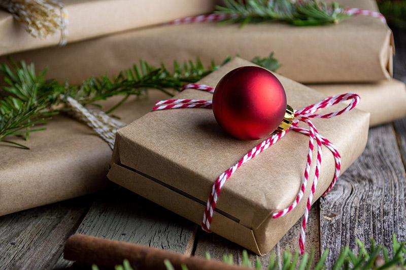 Balenie vianoce ozdoby