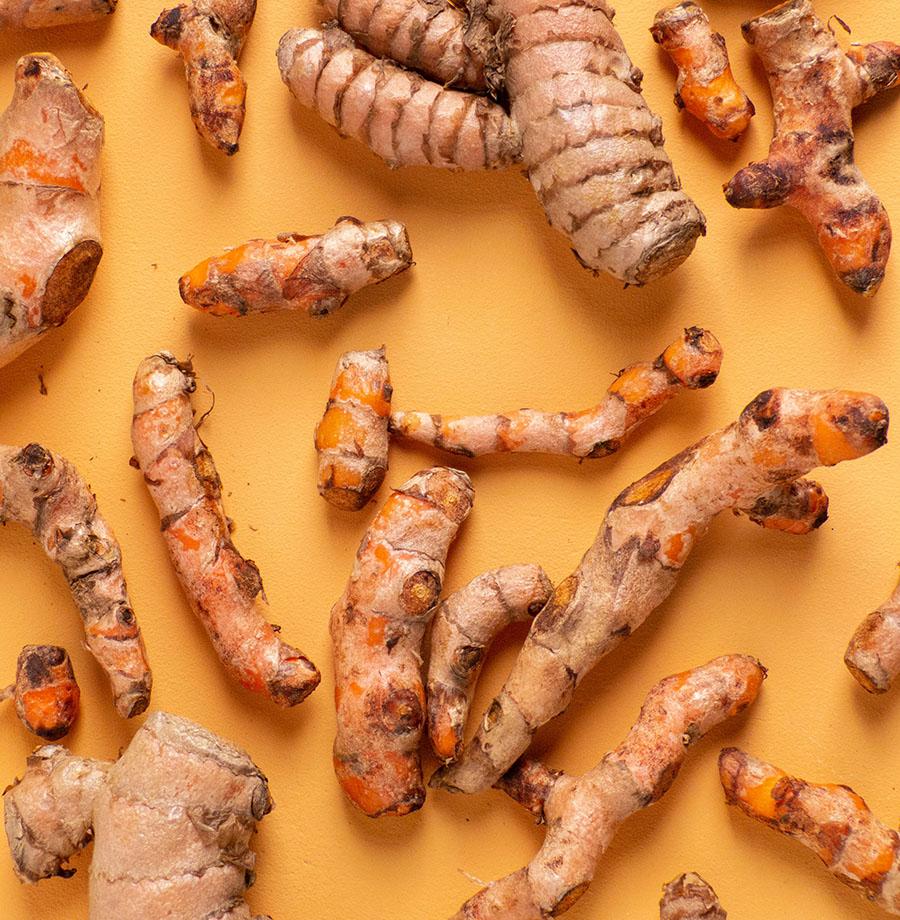Zlato mezi kořením: Poznejte benefity kurkumy