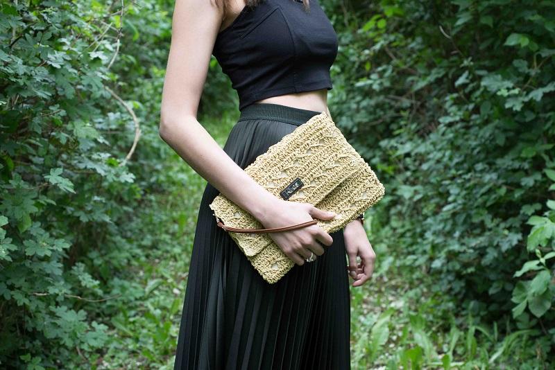 Listová kabelka Kbas z rafie