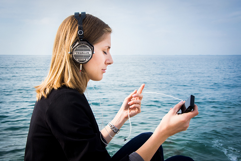 Stres hudba