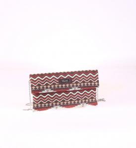 Listová kabelka z plátna Kbas s červeným aztéckym vzorom 085653M