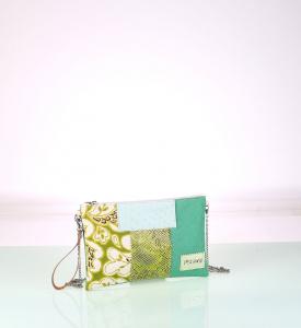 Listová kabelka z plátna Kbas zelená s patchwork vzorom
