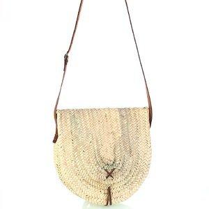 Dámska slamená kabelka na rameno Kbas s hnedým koženým popruhom 087278