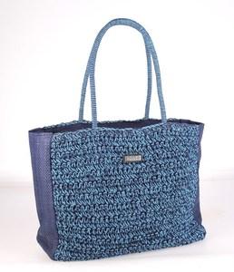 Dámska taška zo syntetickej rafie Kbas s pleteným vzorom modrá 165620AZ