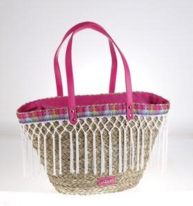 Košík z morskej trávy Kbas lemovaný ozdobnými strapcami fuchsiový 309615FX