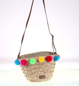Dámsky slamený košík cez rameno Kbas s farebnými brmbolcami