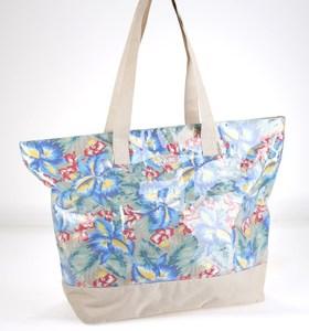 Dámská taška z nylonu a nepromokavého materiálu Kbas s květinovým potiskem béžová