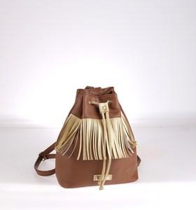 Dámský batoh s třásněmi Kbas hnědý