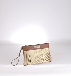 Listová kabelka z eko kože Kbas so strapcami hnedá