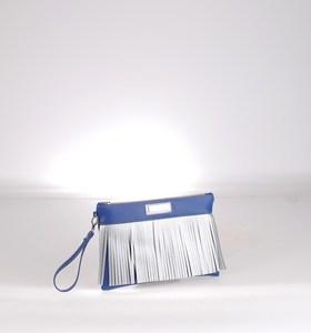 Listová kabelka z eko kože Kbas so strapcami modrá