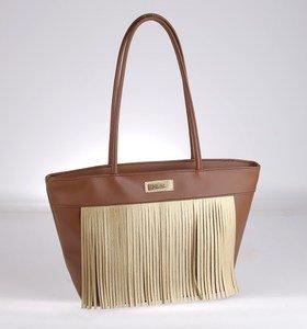 Elegantná kabelka z PVC Kbas so strapcami hnedá