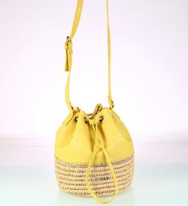 Dámska kabelka cez rameno zo syntetickej rafie a eko kože Kbas žltá 318711AM