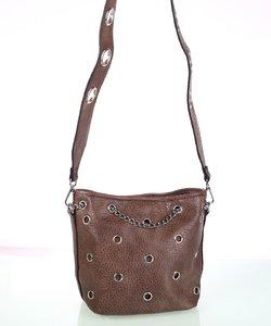 Dámska kabelka cez rameno Kbas s ozdobnými cvokmi a retiazkou tmavohnedá