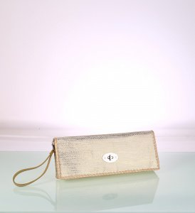 Listová kabelka zo syntetickej rafie Kbas s ombré zlatá 341713OR