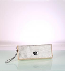 Listová kabelka zo syntetickej rafie Kbas strieborná 341713PL