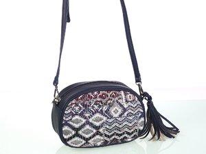 Dámska kabelka cez rameno z eko kože a bavlny Kbas s aztéckym vzorom modrá